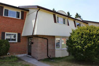 32 - 160 Jansen Ave. - Kitchener