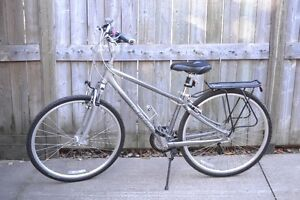 24 SPEED MEN'S BICYCLE- GIANT CYPRESS DX