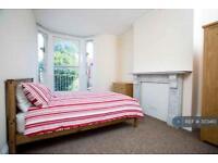 1 bedroom in Victoria Road South, Southsea, PO5