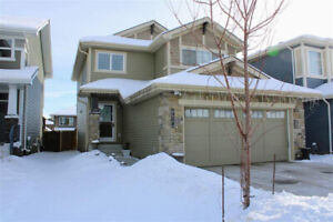 BEAUTIFUL WELL-APPOINTED HOME IN WEST EDMONTON!