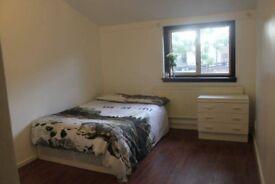 1 Double Room Available Near Finsbury Park