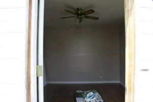 Small one bedroom back house for rent