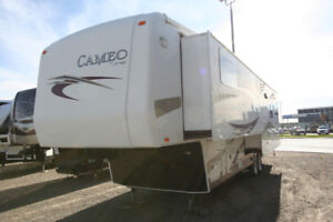 2011 CARRIAGE CAMEO 36 FWS FULL WALL SLIDE