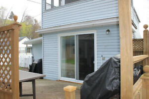 Port Stanley Cottage for weekly rental.