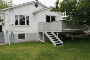 PENTICTON house great location steps to Okanagan Lake and shops