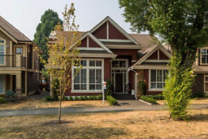 Gorgeous Garrison Crossing Home With Legal Suite!!