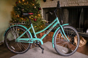 Women's 8-Speed Bianchi Milano Cafe Cruiser - Great Condition
