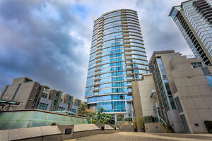 """★""""The Carina"""" 2 bedroom suite right at the Waterfront★"""