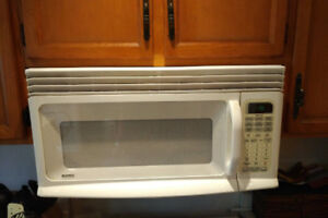 Kenmore Over The Range Microwave Oven