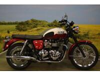 Triumph Bonneville T100 2013 **7205 MILES, RETRO STYLING, TWO TONE PAINT **