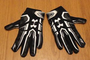 Under Armour Football Gloves- perfect condition!