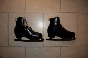 Professional Male Figure Skates Great Condition • new is $1000+