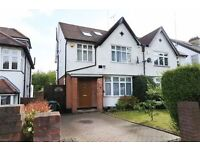 4 bedroom house in Fursby Avenue, West Finchley, N31