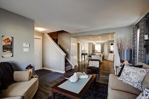 BEAUTIFUL AFFORDABLE TOWNHOME Edmonton Edmonton Area image 1
