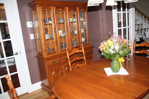 Dining suite - Top Quality - Canadian made - Solid hardwood