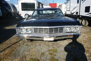 Impala SS 1967 327 cu.in- Daily Driver - Perfect for restoration