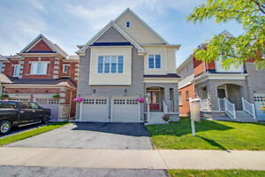 Modern & Upgraded 4 Bed-3 Washrm House for Sale in North Oshawa!