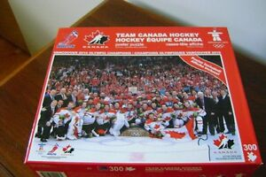 TEAM CANADA HOCKEY PUZZLE & POSTER Windsor Region Ontario image 1