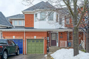 3 Bed Twnhouse, Open Concept Living/Kitchen