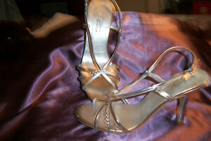 Jessica-Silver Shoes Stratford Kitchener Area image 2