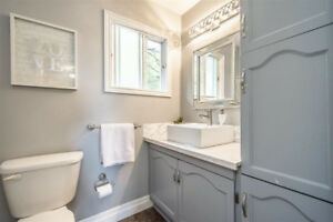 Hello 1st Time Home Buyers!!! Beautiful semi for only 187,000!