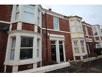2 bedroom flat in Kelvin Grove, Newcastle Upon Tyne, NE2