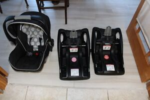 Britax B-Safe Infant Car Seat with 2 bases