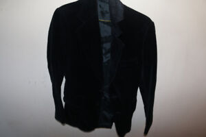 - Women's Black Velvet Jacket - Small - (Like New) -
