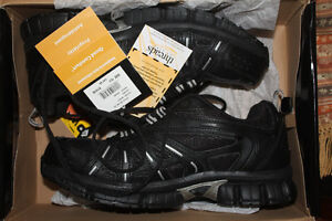 Men's safety shoes size 10.5  BRAND NEW