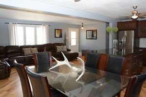 Colour and Design Consultation and Home Staging London Ontario image 8