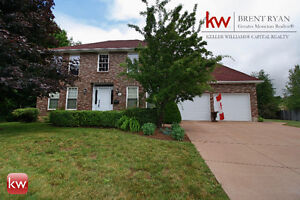 25 Roxborough, Riverview. Pride of Ownership!