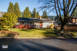 $3950(ORCA_REF#4100G)***CHARMING CANYON HEIGHTS 2740 SQ FT 5 BED