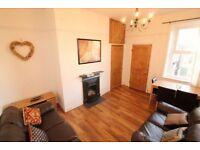 3 bedroom flat in Grosvenor Gardens, Newcastle Upon Tyne, NE2