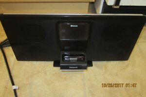 Panasonic SC-HC05 Compact Bluetooth with 30 pin ipod dock Stereo