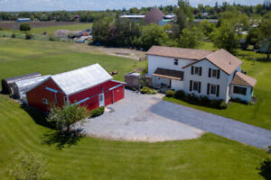 4-Acre Hobby Farm, Fully Renovated Farmhouse. PRICED TO SELL!