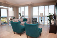 HIGH END Barrie apartment - water views! See pictures.