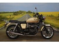 Triumph Bonneville 865 **Centre Stand, Back Rack, Low Mileage**