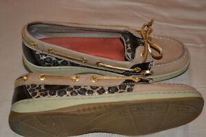 Sperry Boat Shoes - leopard print size 6.5 Kitchener / Waterloo Kitchener Area image 2