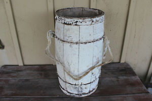 Old Wooden Nail Keg Painted White - Great for Christmas Decor London Ontario image 4