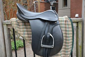 black leather english riding saddle; horse equestrian