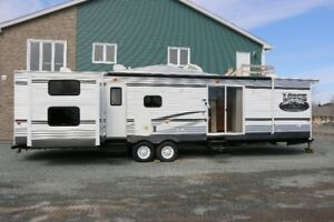 Wildwood Lodge Park Model Trailer - PERFECT FOR SEASONAL CAMPERS