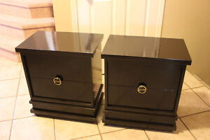 Vintage Matching 2 drawer night stands, Excellent condition