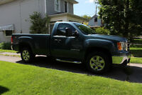 2012 Sierra 1500 SLE 4x4 *Z71 Reg Cab Long Box* LOW KMS!!!