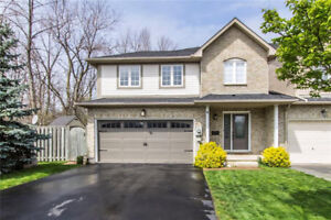 3 Bedroom Townhouses in Ancaster For Under $725,000!