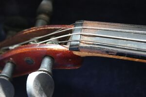 1920's-30's VIOLIN 1/2 Size, CASE, BOW (VIEW OTHER ADS) Kitchener / Waterloo Kitchener Area image 5