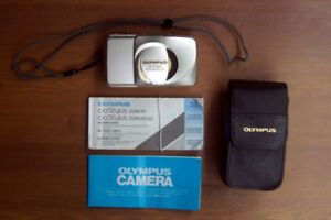 Olympus Stylus Zoom 140 Deluxe All Weather 35mm Film Camera
