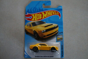 Hot Wheels 18 Dodge Challenger SRT Demon 1/64 scale