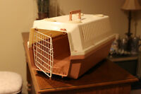 Cat / Small Dog Carry Crate