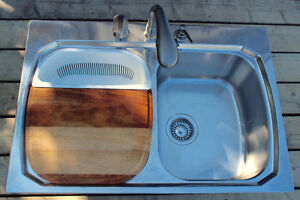 Double Stainless Sink AND  Faucet Set (Pull-Spray / Soap)