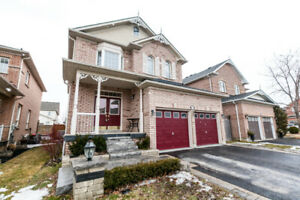 4+1 Bedroom Family Home in Brooklin with Finished Basement